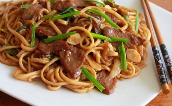 Chinese Lo Mein noodles recipe